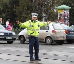 sapt cu politisti