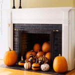 halloween-pumpkins-decorating-fall-fireplace-mantle
