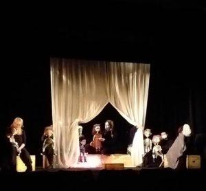 """Teatrul de Păpuși """"Cărăbuș"""" din Brăila"""